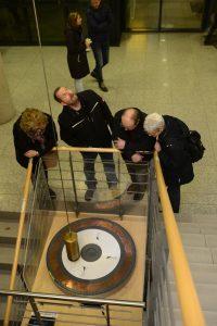3. Nacht des Wissens des Göttingen Campus 3. Göttinger Nacht des Wissens Mitmachaktionen, Vorträge, Ausstellungen und Führungen an verschiedenen Wissenschaftsstandorten im Stadtgebiet hier: Fakultät für Physik am Nordcampus