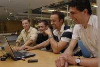 neue SUB - WiWi-Arbeitsgruppe v.l. Daniel Lüders (mail@daniel-lueders.de), Carsten Tjarks (ctjarks@gmx.de), Christian Eggers (ch.eggers@gmx.de) und Stefan Köcklar (Stefan.Koecklar@gmx.de)
