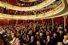 """Haendelfestspiele 2017: Publikum bei der Aufführung """"Lotario""""  Foto: Alciro Theodoro da Silva Premiere  Deutsches Theater"""